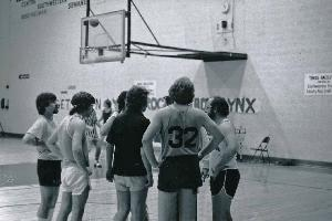 Nicolson_c1975_intramurals_basketball_men_002.jpg.jpg
