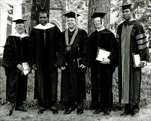 Honorary_degree_dunavant_1985_002.jpg.jpg