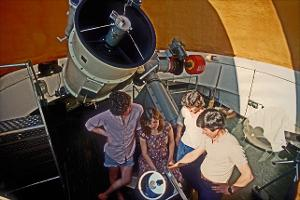 Physics _telescope Students_c1985_007_edited-1.jpg.jpg