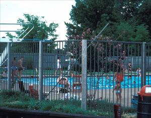 Alburty Pool_1977.jpg.jpg