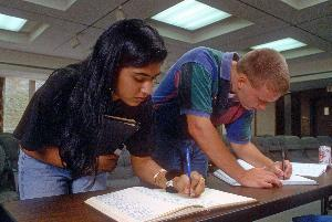 1986students_signing_honor_code004.jpg.jpg