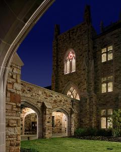 Barret_Library_exterior_night_2011_001.jpg.jpg