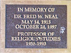 Plaque_neal_close_2010.jpg.jpg
