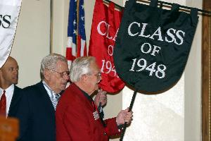 Alumni_convocation_procession_2003-07.JPG.jpg