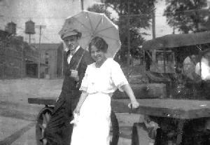 Life_Gordon_1914_couple_edit.jpg.jpg