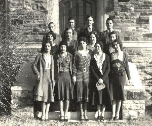Life_1929_students_outside.JPG.jpg