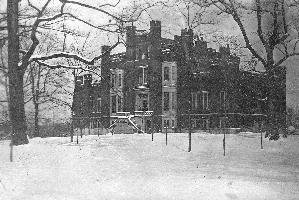 gordon_pg2_castle_in_snow_001_re-ed.jpg.jpg