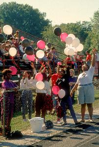 1990_homecoming_spectators_31.jpg.jpg