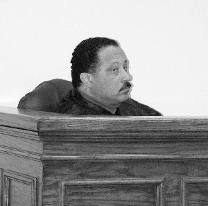 Judge Joe brown_mock trial room_2000.jpg.jpg