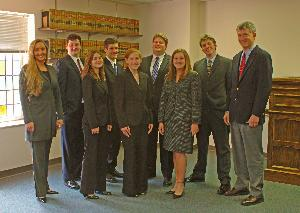 Mock_trial_team_20040413_001.jpg.jpg