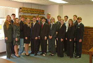 Mock_trial_team_20040413_003.jpg.jpg