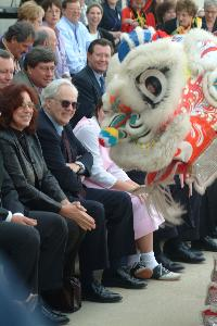 Smith_fred_Performers_panda_arrival_20030407.jpg.jpg