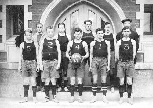 gordon_basketball_team_1915_re-ed.jpg.jpg