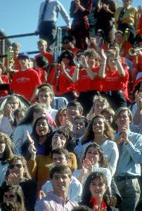 1990_homecoming_spectators_11.jpg.jpg