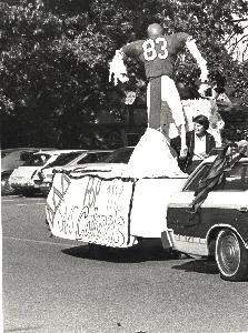 Homecomeing_tridelta float_oct1978.jpg.jpg