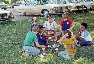 Kinney_volunteer_picnic with children_c1978_002.jpg.jpg