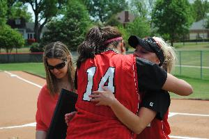 Softball_SeniorDay_2010_72.JPG.jpg