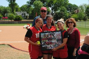 Softball_SeniorDay_2010_58.JPG.jpg