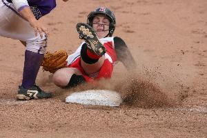 Softball_April 6_2009_02.jpg.jpg