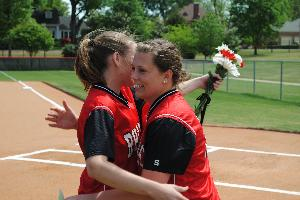 Softball_SeniorDay_2010_64.JPG.jpg