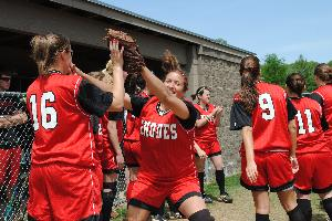 Softball_SeniorDay_2010_78.JPG.jpg