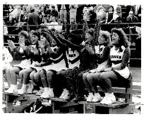 Life_cheerleaders_1986.JPG.jpg
