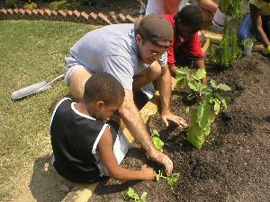 COPC_Report_Summer_Communitygarden_2006_01.JPG.jpg