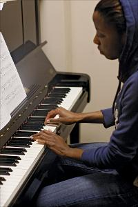 Student-playing-piano_2011.jpg.jpg