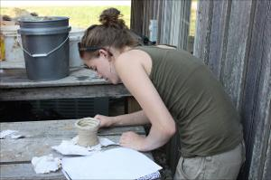 Annelise_Kampschaefer_pottery_Ames_2012_001.jpg.jpg