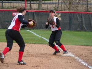 Softball_Centre1_2009_18.jpg.jpg