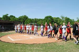 Softball_SeniorDay_2010_04.JPG.jpg